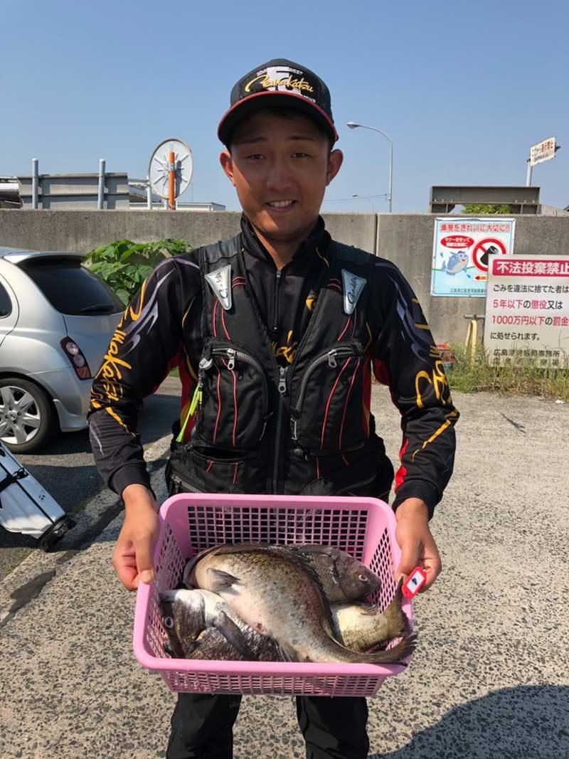 GFG広島 釣果持つ1